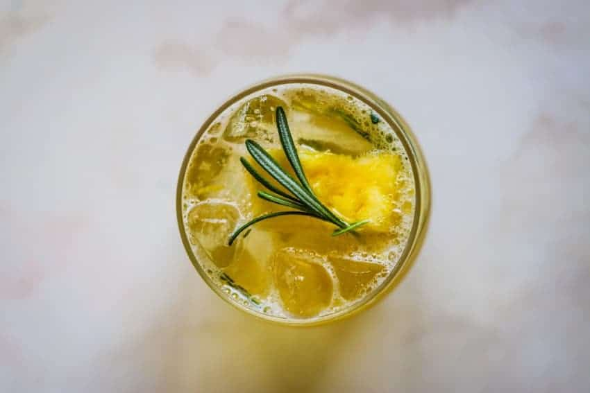 The best fresh pineapple cocktail