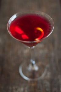 pomegranate martini recipe with stem glass